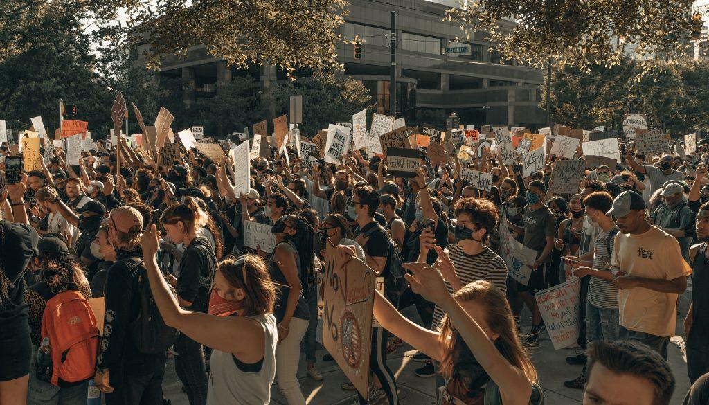 Protesters Crash Stellantis' Environment Initiative Announcement