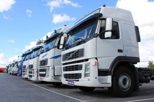 Tips for Becoming a Truck Driver